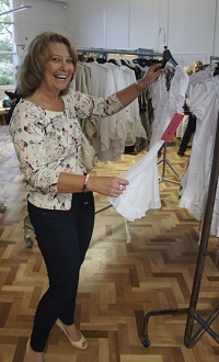 Well Green Primary School – buying fashionable pieces from the rails after Fizz Fashion Show