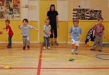 Enjoy-a-Ball   kids at the class