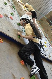 Climbing girls | Girls should be encouraged to take a risk even if they won't be able to rich the top