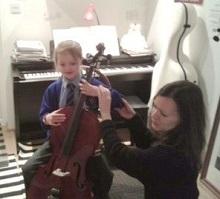 Colourstrings lesson with Melanie Jones