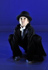 HOME Theatre, Manchester| Kathryn Hunter featured in Kafka's Monkey