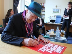 Sir Ian McKellen: Young People Should Be Themselves