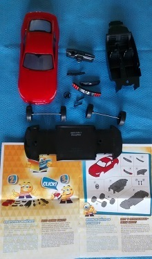 Revell_Ford-Mustang-Kit_all-the-parts