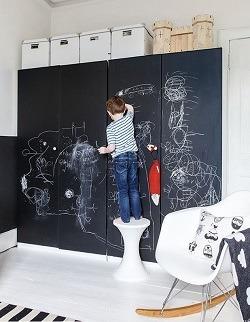 Deborah Gordon's black and white nursery