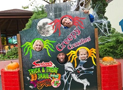 Halloween photo making | Gulliver's Theme Parks