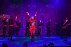 Snow White and the Seven Dwarfs at Buxton Opera House, Picture 4