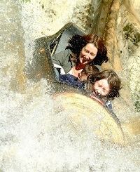 Llog flume ride at Gulliver's amusement park