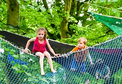 Kids in the Nets, climbing activity at the festival